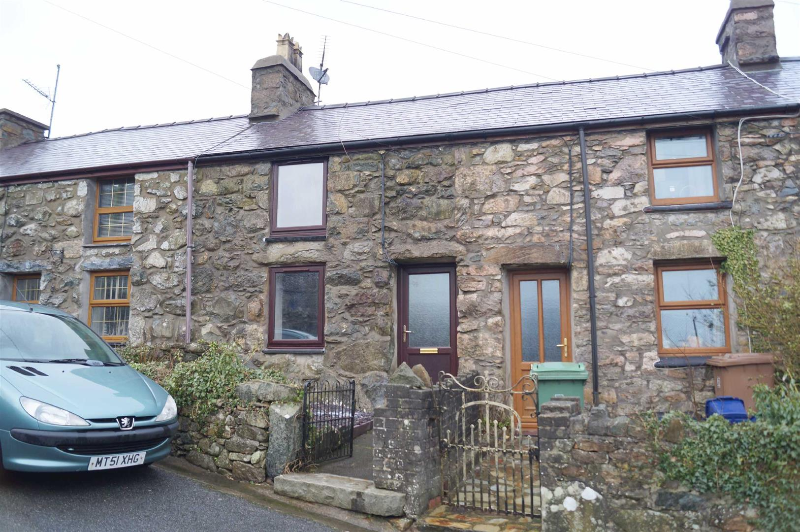 Tan Y Fynwent, Llanaelhaearn - £82,500/Reduced to